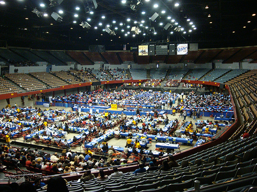 The inside of the Sports Arena during a foreclosure help event last week. (Paresh Dave / Neon Tommy)