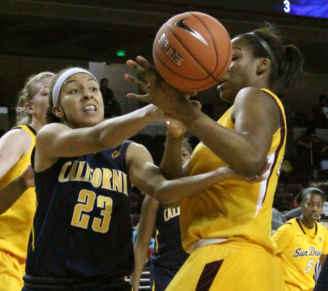 Layshia Clarendon knocks the ball free from Arizona State's Janae Fulcher. (Shotgun Spratling)