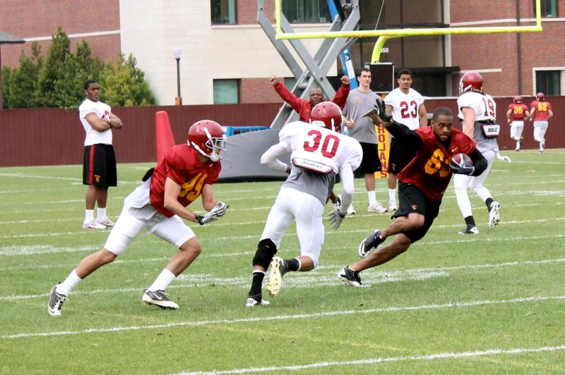 Former Trojan Keary Colbert joined the team in drills today, due to the lack of depth at wide receiver. (Shotgun Spratling)