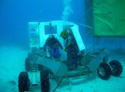 NASA Underwater Crew Simulates Space Exploration | Neon Tommy