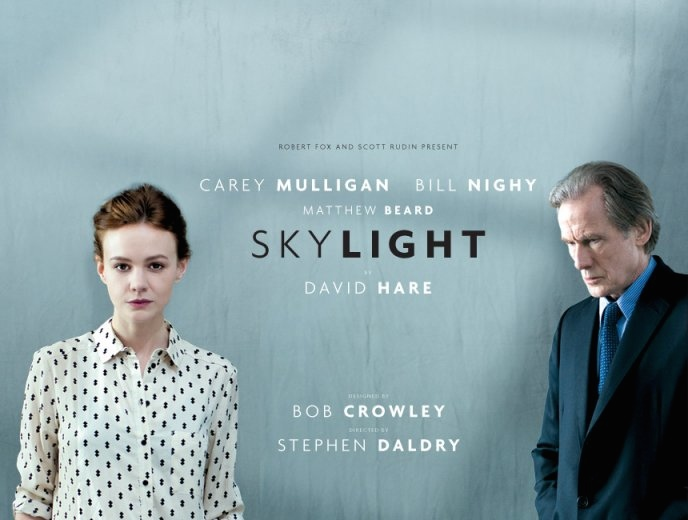 "Carey Mulligan and Bill Nighy in ""Skylight"" (@ntlive/Twitter)"