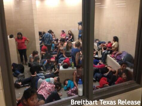 Briebart Texas leaks photos of hundreds of detained migrant children (Twitpic)