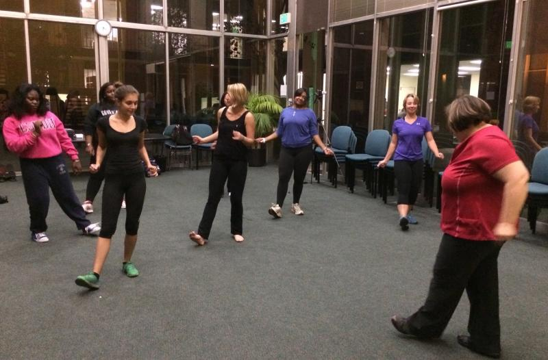 Fat Chick Work Out brings together USC students, (Zhiqi Chen)