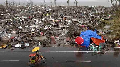 Damage in Tacloban, Philippines/via Flickr Creative Commons