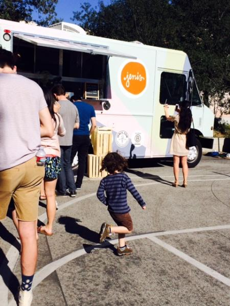 Customers waited in line for a taste of Jeni's innovative ice creams. (Caroline Feda/Neon Tommy)