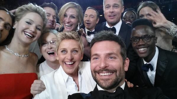 The group selfie of the century (@TheEllenShow/Twitter).