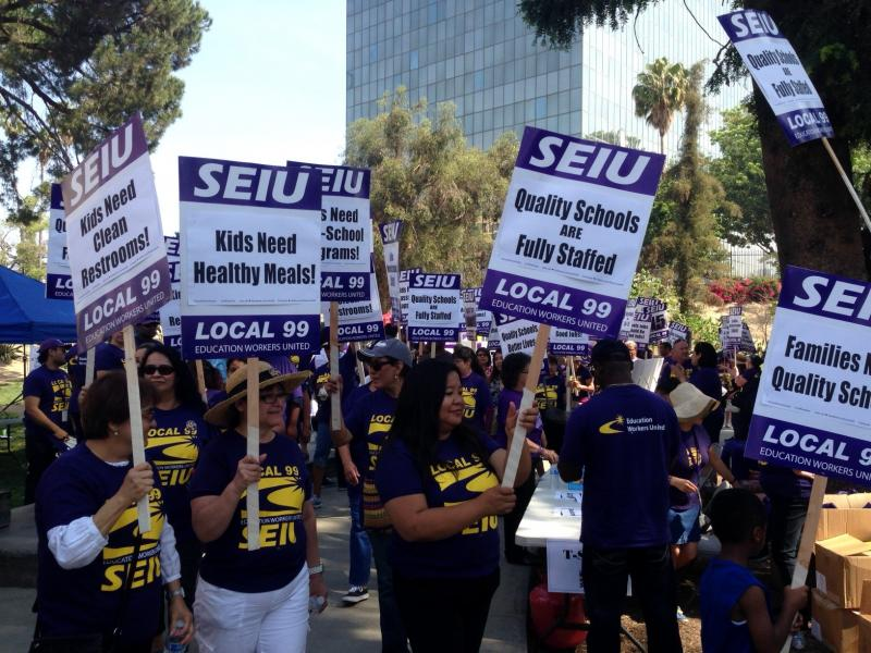 SEIU workers marched for quality schools and better lives. (Arash Zandi/Neon Tommy)