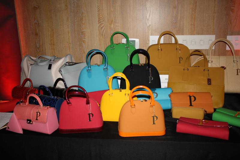 PISIDIA USA bags are eco-chic and made of silicone. (Sarah Collins/Neon Tommy)