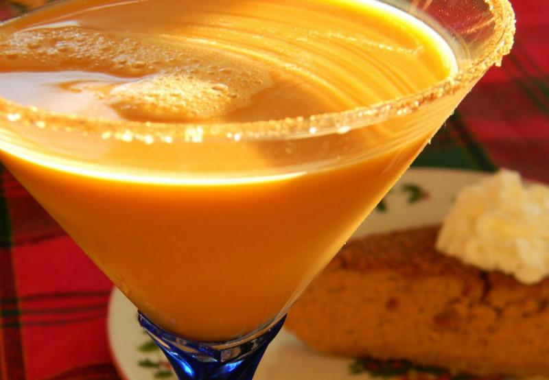 Thanksgiving cocktails to spice up your holiday neon tommy for Thanksgiving drink recipes with alcoholic