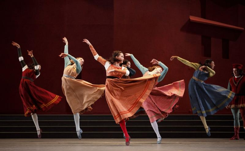 Artists of the Ballet in Romeo and Juliet. Photo by Bruce Zinger