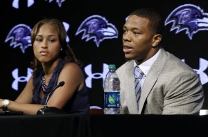 Janay and Ray Rice at a press conference, apologizing for their actions. (Telenews De Mexico/Flickr)