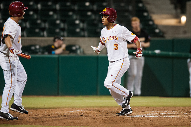 USC Baseball has now won all five of their first games this season (Neon Tommy)