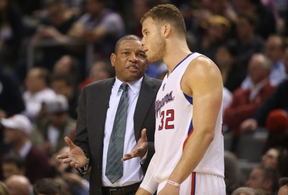 Blake Griffin's injury could potentially endanger the Clippers' playoff hopes. (@EmpireWritesBck/Twitter)