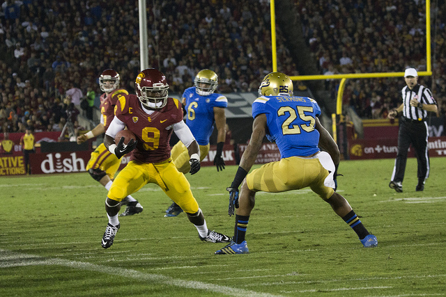 USC vs. UCLA, November 2013. (Matt Woo/Neon Tommy)