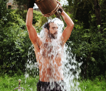 Apparently, the ice bucket challenge also happened during the middle ages (@GalavantABC/Twitter).