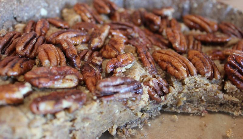 Irresistible Pecan Pie (Emily Deissler/Neon Tommy)