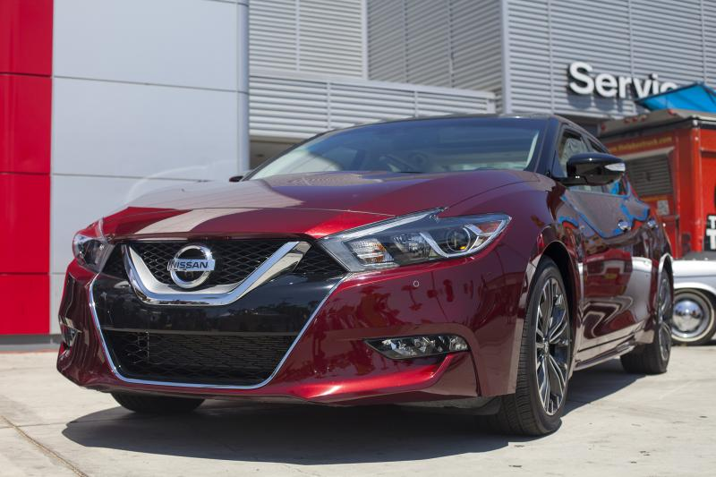 The 2016 Nissan Maxima Is Styled After Sport Sedan Concept Amou Joe