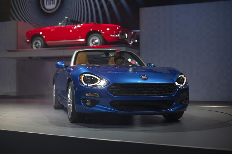 "The Fiat 124 Spider, revealed (Amou ""Joe"" Seto/Neon Tommy)"