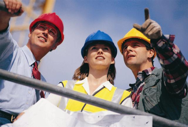 Women make up 2.6 percent of the construction workforce, according to a 2014 study (Image by Salford's Centre for Construction Innovation used under Creative Commons)