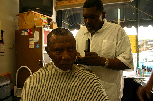 Marketers are divided on advertising in barbershops. (Creative Commons)