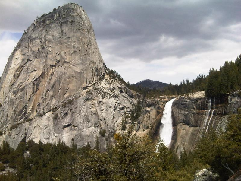 Yosemite National Park had 4.1 million visitors in 2011, the highest total since 1996. (Neon Tommy file)