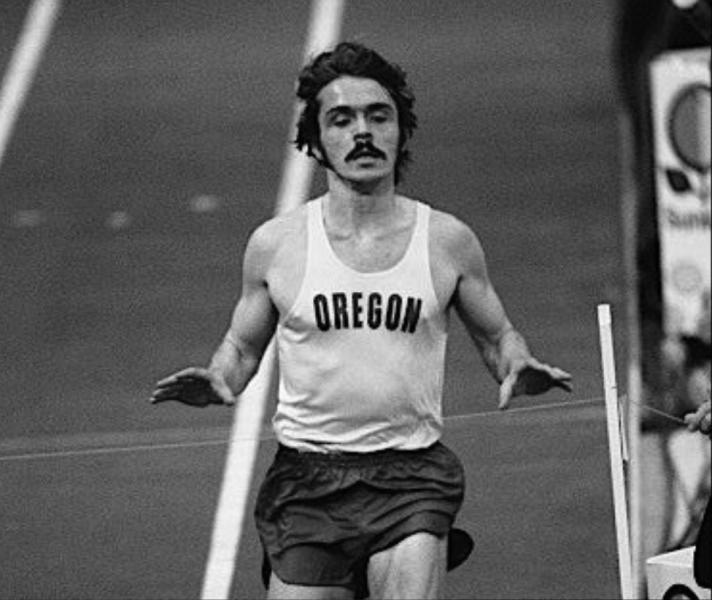 Steve Prefontaine running a two-mile race at the 1973 Sunkist Indoor Invitational Track & Field Meet. (Courtesy of Robert Bonn)