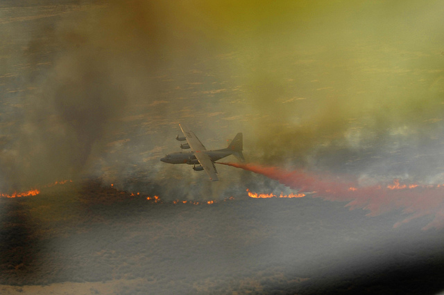 A wildfire rages in west Texas (Photo courtesy of Staff Sgt. Eric Harris, US Army).