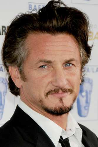 Sean Penn visits Libya (image via Creative Commons)