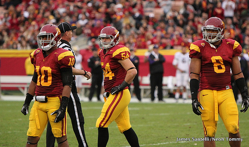 Can the Trojans figure out how to topple Oregon's offense? (James Santelli/Neon Tommy)