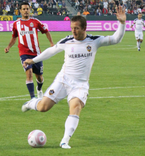 Chad Barrett scored the lone goal in the SuperClasico. (Ryan Kantor/Neon Tommy)