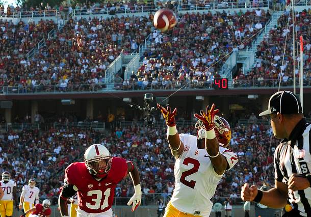 Star WR Robert Woods was held to four catches at Stanford. (Jerry Ting/NT)