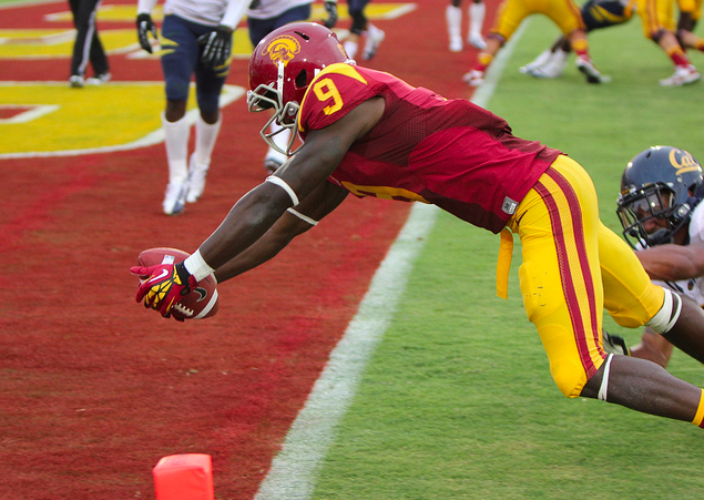 Lee continues to put up points for the Trojans. (Scott Enyeart/NT)