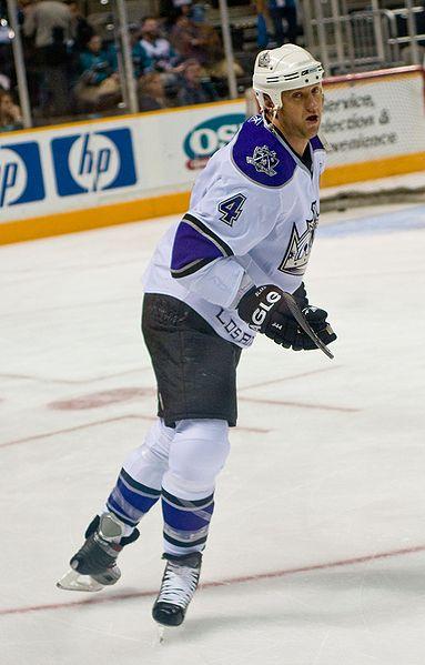 Wayne Gretzky made hockey matter in California (Ivan Makarov/Wikimedia Commons).