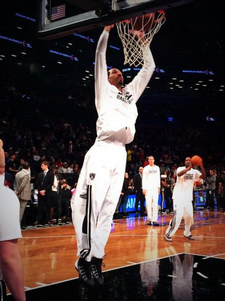 Contributions across the board, like from Shaun Livingston, could propel the Nets to a first round upset. (Twitter/@BrooklynNets