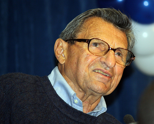 Late football coach Joe Paterno (Creative Commons).