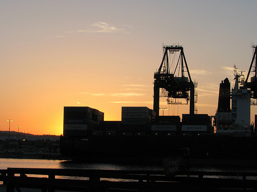 Port of Los Angeles on a usual business day. (Creative Commons)