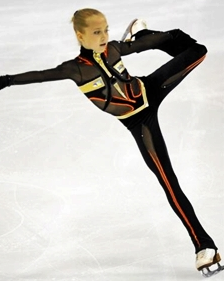 Elena Radionova represents a Russia strong in ladies' single figure skating. (Julio Szidonya/Wikimedia Commons)