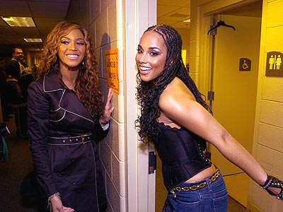 Alicia Keys and Beyonce are very familiar with each other, but they may handle the big stage differently. (Creative Commons)