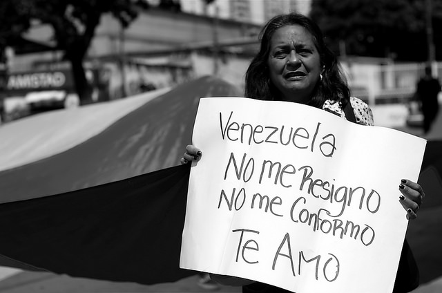 Venezuela's ongoing economic challenges are ultimately predicted to shrink the economy by 7 percent. (Carlos Díaz / Creative Commons)
