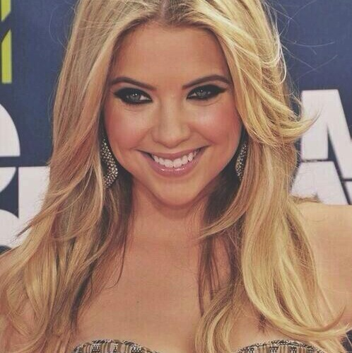 With long hair, Ashley Benson would make a great sleeping beauty (Twitter/@Lean011O).