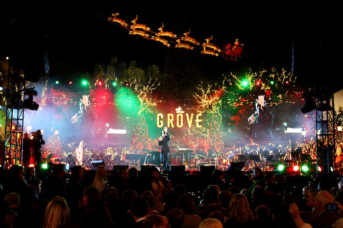 6 Ways Seth MacFarlane's Grove Christmas Show Marks The Start Of The The Grove Los Angeles Snow on the grove madewell, the grove mall, the grove santa, the grove in la, the grove of anaheim,