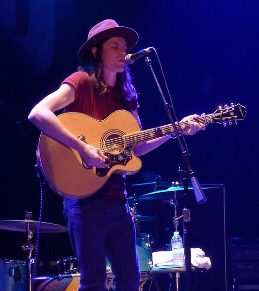 The always soulful James Bay (via WikiCommons)