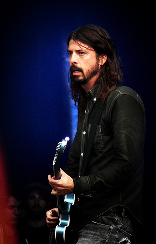 Grohl pays no heed to Love's character attacks. (miktirr / Flickr)