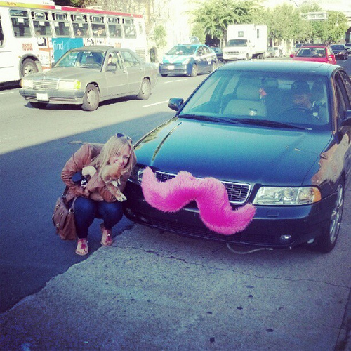A mustachioed Lyft car (lizasperling/flickr)